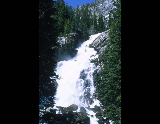 Hidden-Falls-near-Jenny-Lake