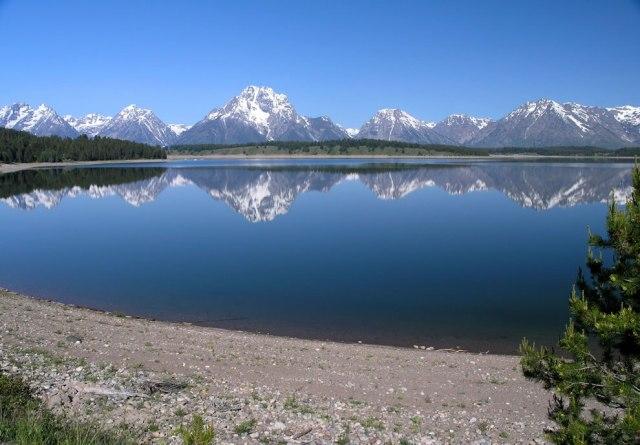 Jackson-Lake-and-Grand-Teton-National-Park