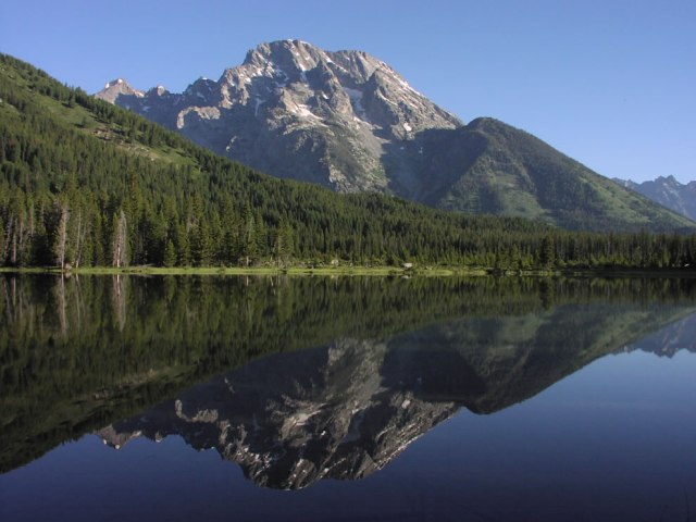 String-Lake-with-Mount-Moran-reflection